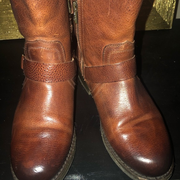 Shoes - Sold